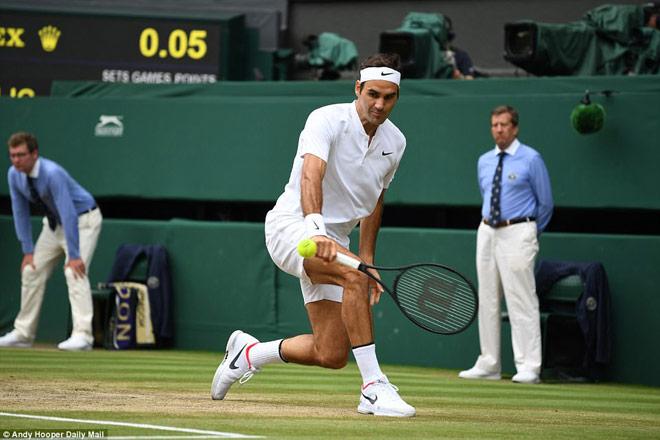 Clip hot Wimbledon: Những tuyệt kĩ mê hồn của Federer - 1