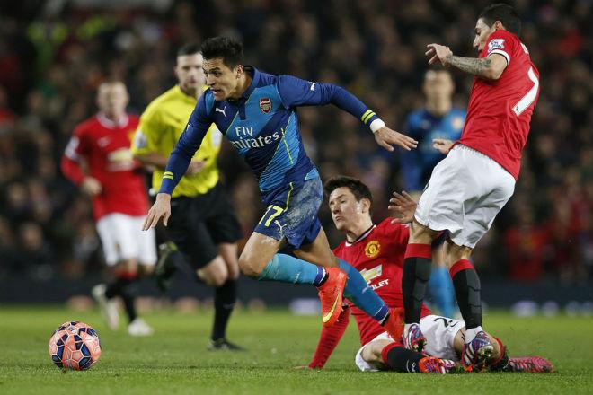 Mourinho giải lời nguyền số 7 MU: Phế bỏ Ronaldo, lập mưu cuỗm Sanchez - 2