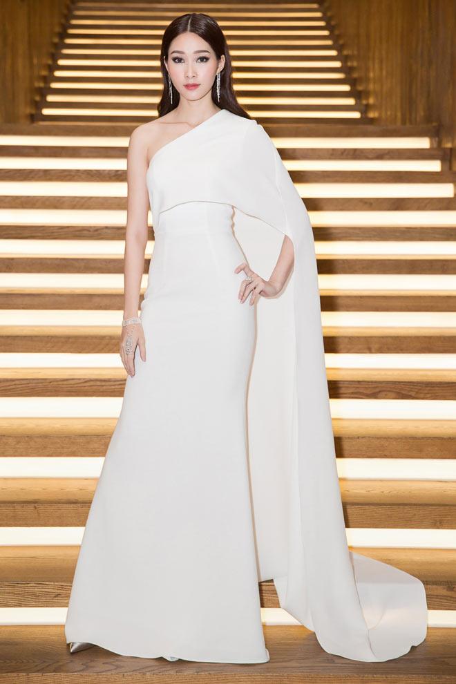 Váy trong suốt của Huyền My chỉ xếp thứ 4 top mặc đẹp - 5