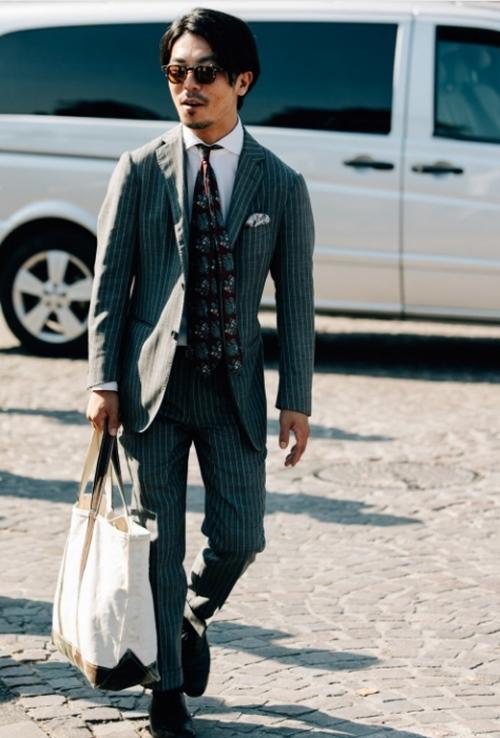 Đừng vội cho là điệu đà, đàn ông manly bây giờ cũng rất cần túi xách! - 2