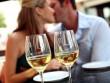 Biết uống rượu sẽ giúp vợ chồng hạnh phúc hơn