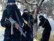 """Cô dâu IS kể sự """"ghê tởm"""" khi sống cùng chồng khủng bố"""