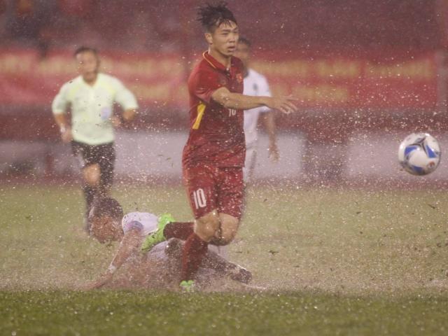 U23 Việt Nam - U23 Đông Timor: 2 ngôi sao rực sáng trận thủy chiến
