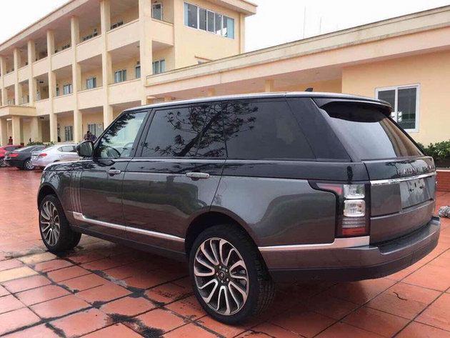 Range Rover SVAutobiography Hybrid đầu tiên về Việt Nam - 2