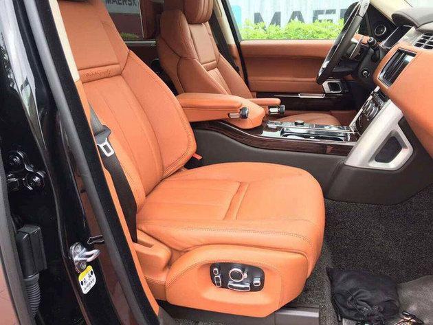 Range Rover SVAutobiography Hybrid đầu tiên về Việt Nam - 3
