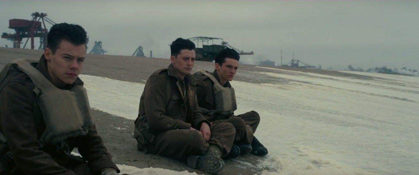 Căng não với khoảnh khắc đối mặt sinh tử trong phim chiến tranh - 9