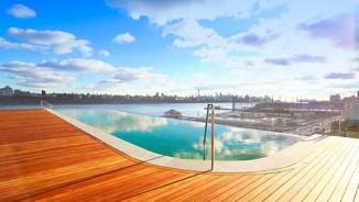 Cận cảnh bể bơi vô cực có tầm nhìn đẹp xuất sắc, ai cũng muốn trải nghiệm một lần