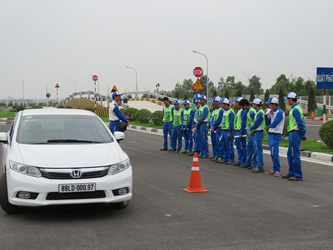 Chuyên gia Nhật Bản đào tạo kỹ năng LXAT cho Cảnh sát giao thông - 1