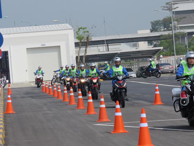 Chuyên gia Nhật Bản đào tạo kỹ năng LXAT cho Cảnh sát giao thông - 5