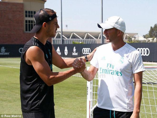"""""""Bom tấn"""" Morata đến Chelsea: Lấy số áo ma ám, định ngày khai hỏa - 4"""