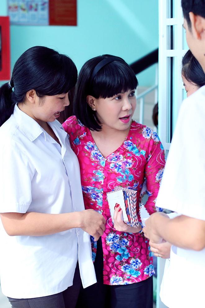 Việt Hương khóc nghẹn khi được chồng thể hiện tình cảm trên truyền hình - 9