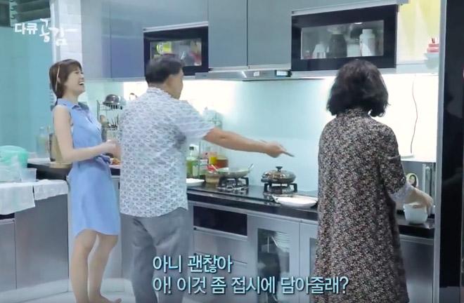"""Hari Won hé lộ chuyện """"khó tưởng tượng"""" khi sống chung với bố mẹ Trấn Thành - 2"""