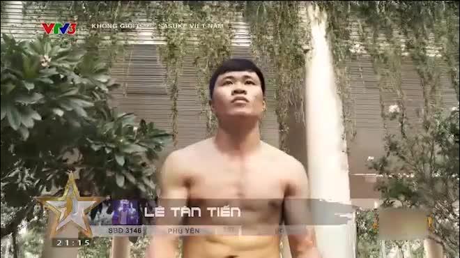 """Sasuke Việt: Đệ tử Nam Huỳnh Đạo, ngã đau """"uống no nước"""""""