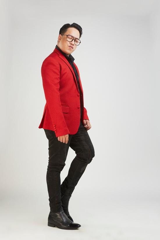 Phớt lờ mọi ồn ào, Võ Hoàng Yến làm giám khảo cùng MC Tùng Leo - 7