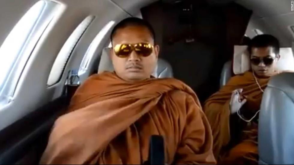 Nhà sư ăn chơi bậc nhất Thái Lan nói chỉ làm điều tốt đẹp - 1