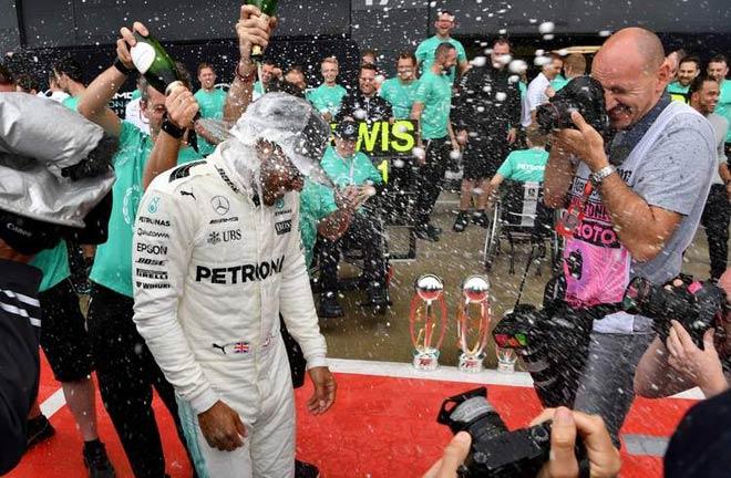 """Đua xe F1: """"Ronaldo"""" làng F1 và cái tôi quá lớn - 3"""