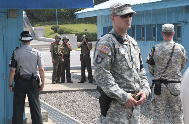 Làng đình chiến Triều Tiên: Nơi nguy hiểm nhất thế giới - 5