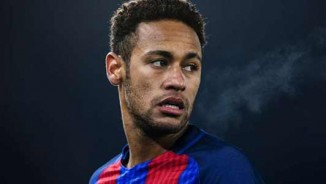 """Barca mua Coutinho 72 triệu bảng: Neymar xây bè cánh """"dọa"""" Messi"""