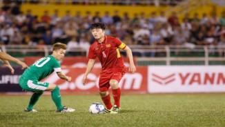 U23 Việt Nam - U23 Macau: Bàn thắng như mưa, vượt lên dẫn đầu
