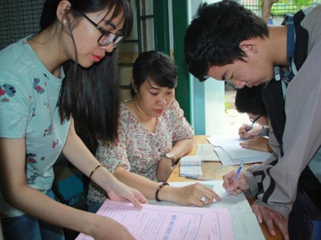 Vừa xét tuyển bằng học bạ vừa bằng kết quả thi THPT có được không? - 2