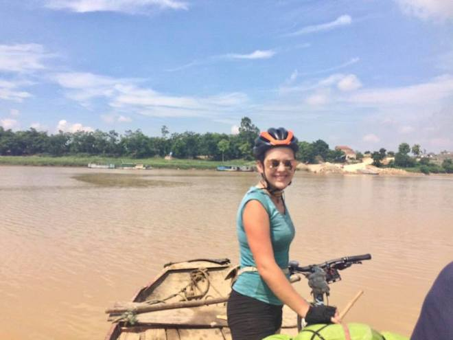 Tin mới vụ nữ du khách Anh mất xe đạp khi phượt xuyên Việt - 1
