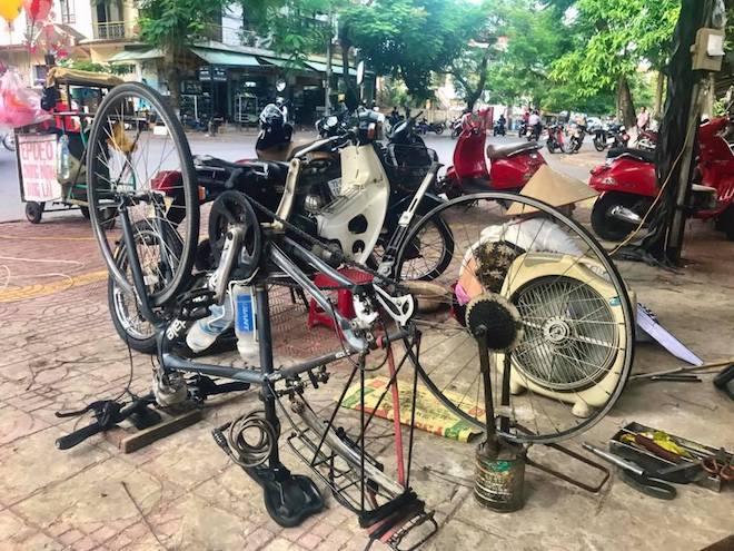 Tin mới vụ nữ du khách Anh mất xe đạp khi phượt xuyên Việt - 2