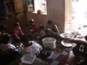 Tin tức trong ngày - Gia đình 14 con ở Hà Nội: Người mẹ làm di chúc chia tài sản