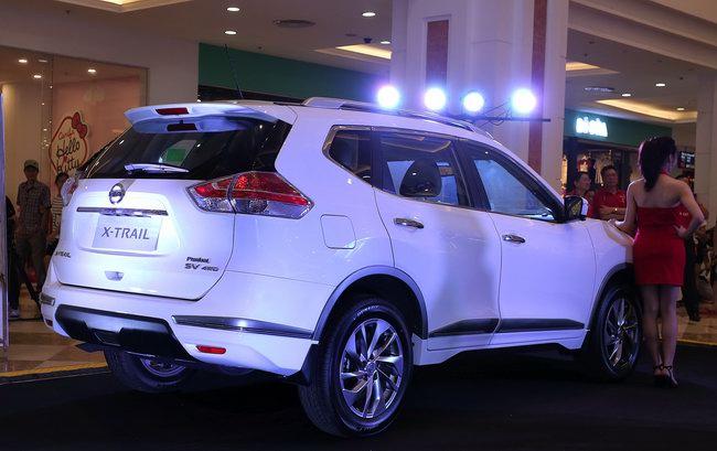 X-Trail Premium L gia tăng phụ kiện để cạnh tranh CX-5 - 5