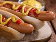 """10 thực phẩm tuyệt đối không nên ăn trước khi """"lâm trận"""""""