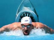 Thể thao - Huyền thoại Michael Phelps đua với cá mập: Khán giả sốc và phẫn nộ