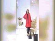 Thời trang - Cười ngất với màn chụp hình như rô bốt của người mẫu Trung Quốc