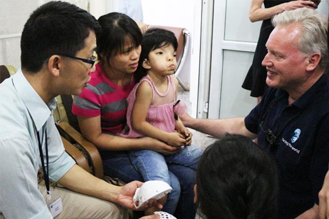 Bệnh viện Hồng Ngọc tiếp nhận hồ sơ phẫu thuật dị tật hàm mặt miễn phí - 3