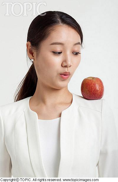 Ăn táo giúp tăng khoái cảm tình dục - 1