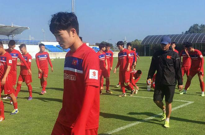 U23 Việt Nam rèn tốc độ, chờ đọ sức với sao Hàn Quốc - 3