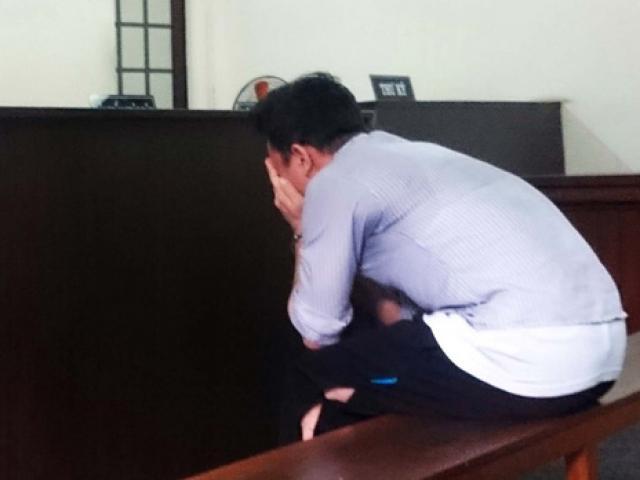 Gây án mạng vì bị đuổi chém vô cớ, thanh niên khóc tức tưởi