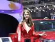 """Dàn """"chân dài"""" nóng bỏng tại triển lãm ô tô Việt Nam"""