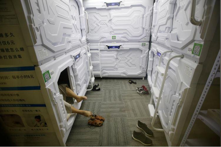 """Có gì trong """"khách sạn tổ kén"""" cho dân văn phòng ngủ trưa ở Trung Quốc? - 10"""