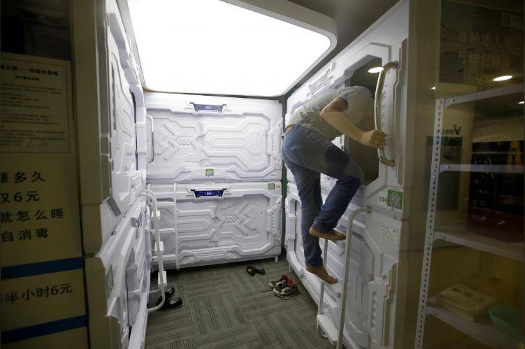 """Có gì trong """"khách sạn tổ kén"""" cho dân văn phòng ngủ trưa ở Trung Quốc? - 6"""