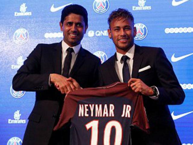 Neymar ra mắt PSG: Tri ân Barca, phủ nhận chia tay vì Messi