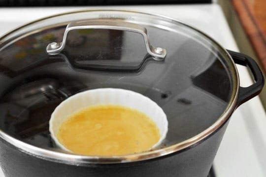 Trứng hấp cho bữa sáng đơn giản mà giàu năng lượng - 3