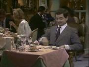 Clip: Lần đầu Mr Bean vào nhà hàng sang trọng