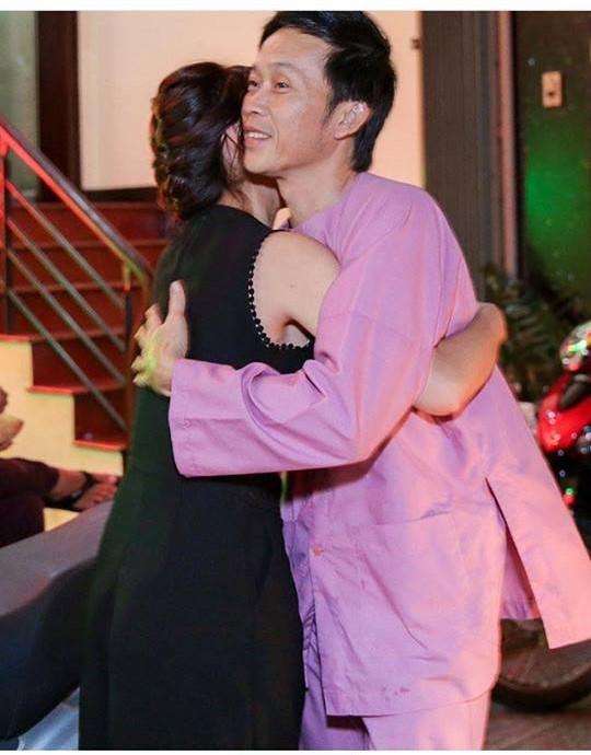 Vợ cũ Phan Thanh Bình khoe thềm ngực đầy khiến fan phát sốt - 11