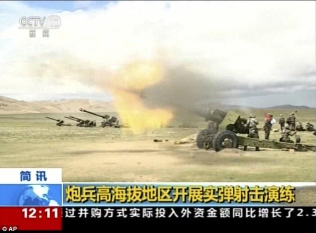 Sau lời dọa Ấn Độ, TQ rầm rộ tập trận bắn đạn thật thị uy - 3