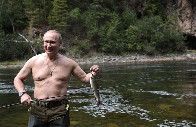 Putin cởi trần, tận hưởng kỳ nghỉ hè tràn đầy ánh nắng - 2