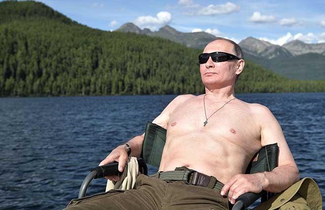 Putin cởi trần, tận hưởng kỳ nghỉ hè tràn đầy ánh nắng - 4