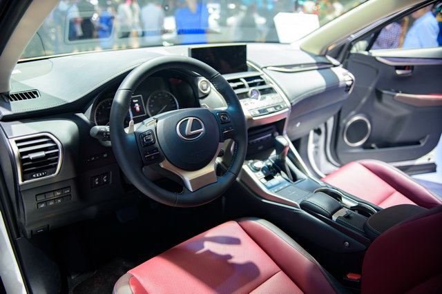 Lexus NX 2018 ra mắt thị trường Việt Nam - 2
