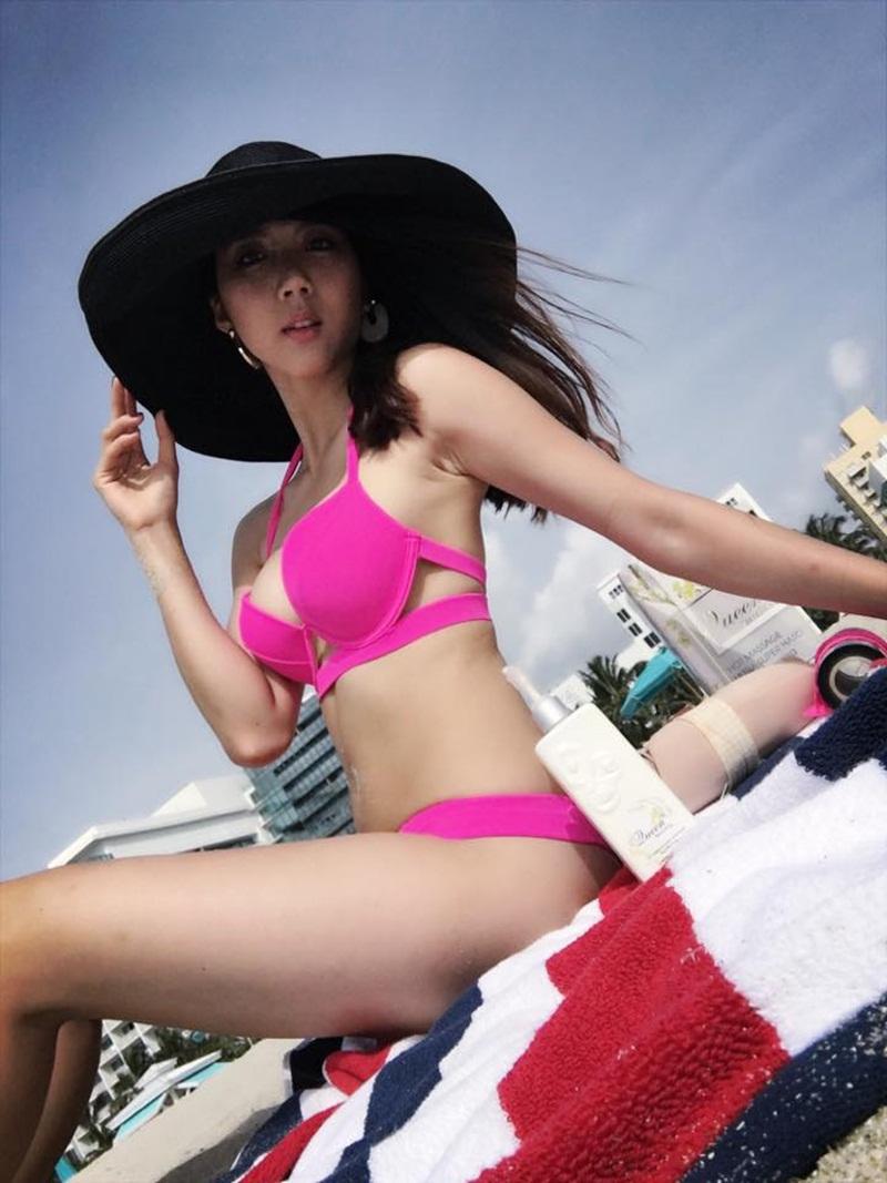 """""""Mòn mắt"""" vì gái 1 con Ngọc Quyên mặc bikini, mẹ bỉm sữa """"phát hờn"""" - 7"""
