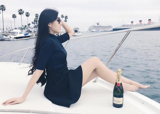 """Tiểu thư hot nhất """"Hội con nhà giàu Việt Nam"""" từng sồ sề khó ngờ - 11"""