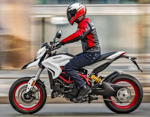 2018 Ducati Hypermotard 939 khoác áo mới sang chảnh - 1