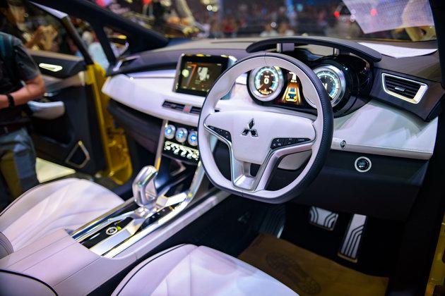 Mitsubishi XM Concept: Sự lãng mạn hiếm có tại VMS 2017 - 3